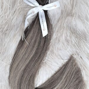 CLIPS-IN HAIR EXTENSIONS 22 INCHES / 220 GRAMS